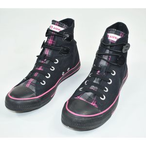 AIRWALK black and pink plaid high top canvas shoes